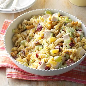 Cashew-Chicken Rotini Salad