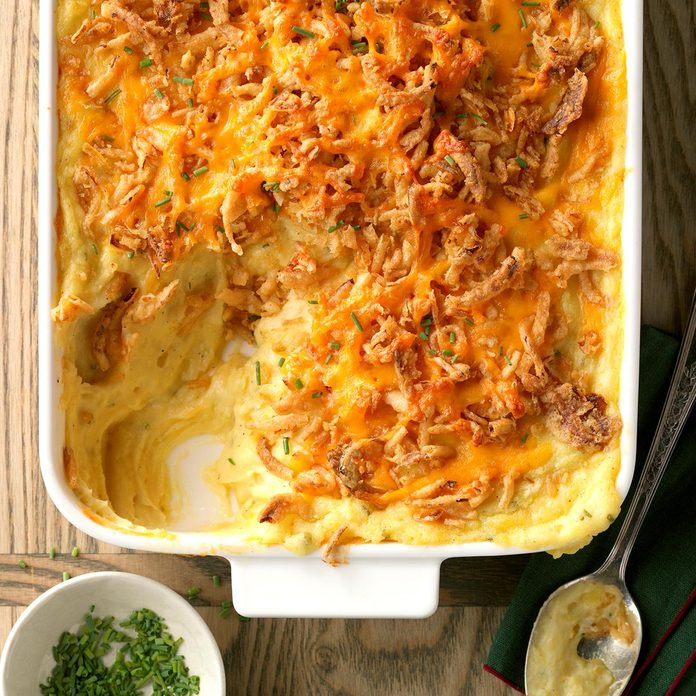 Cheddar And Chive Mashed Potatoes Exps Sdon17 196965 D06 29 5b 2