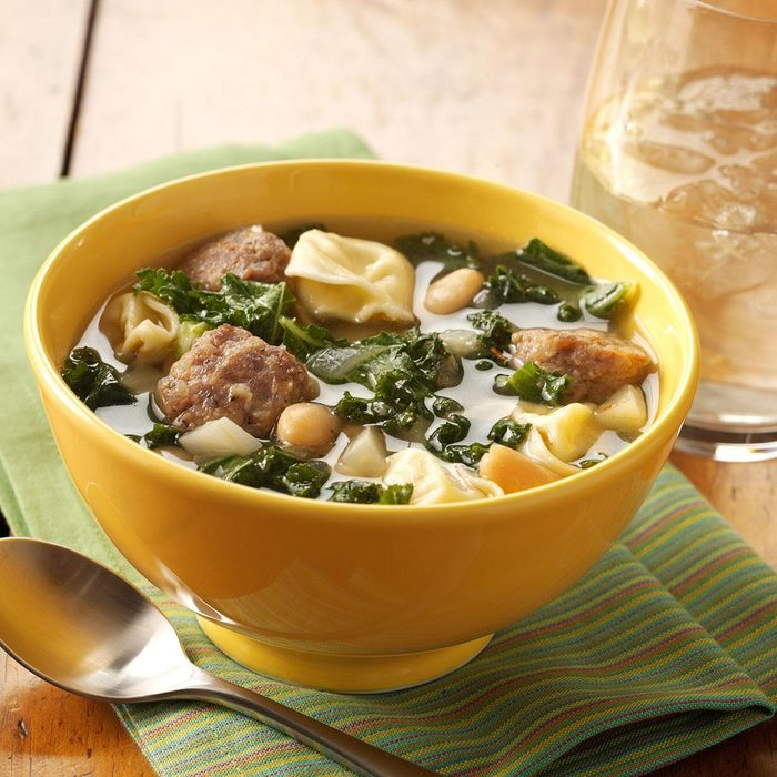 Cheese Tortellini And Kale Soup Exps93674 Baftb2307047c02 08 5bc Rms 3