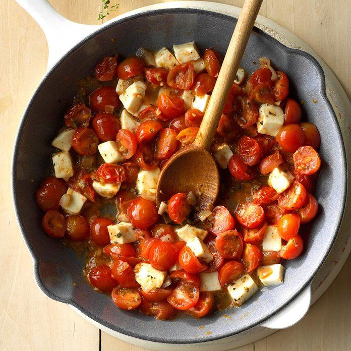 Cherry Tomato Mozzarella Saute Exps Sdas17 37159 C04 06 2b 3