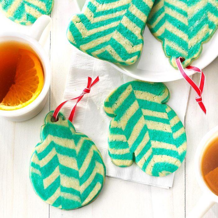 Chevron Ornament Cookies