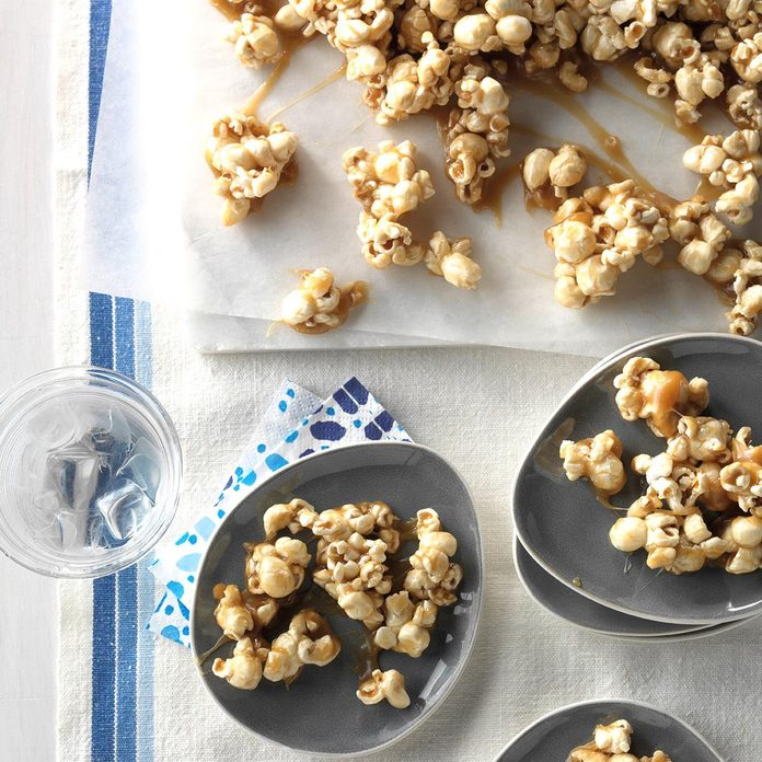 Chewy Caramel Coated Popcorn Exps Thca17 197107 D11 03 2b 12