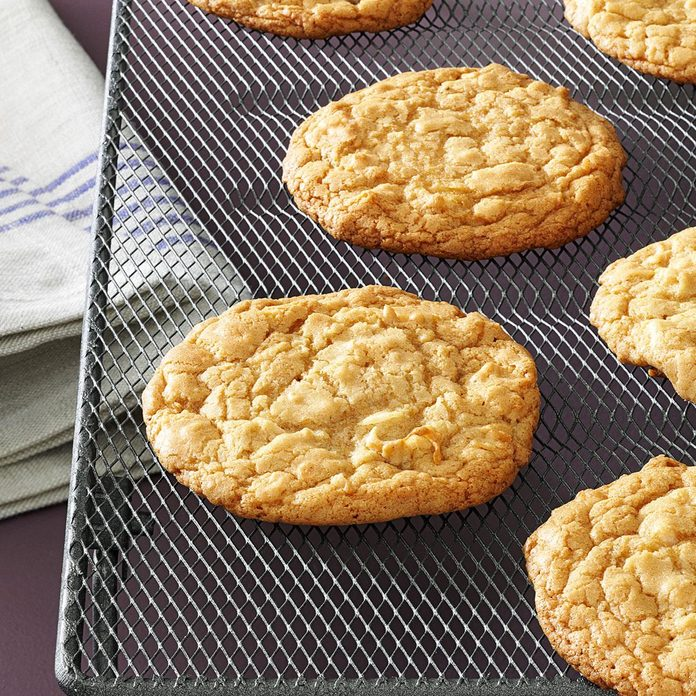 Chewy Maple Cookies Exps8097 Cc2661980a04 10 2b Rms 1