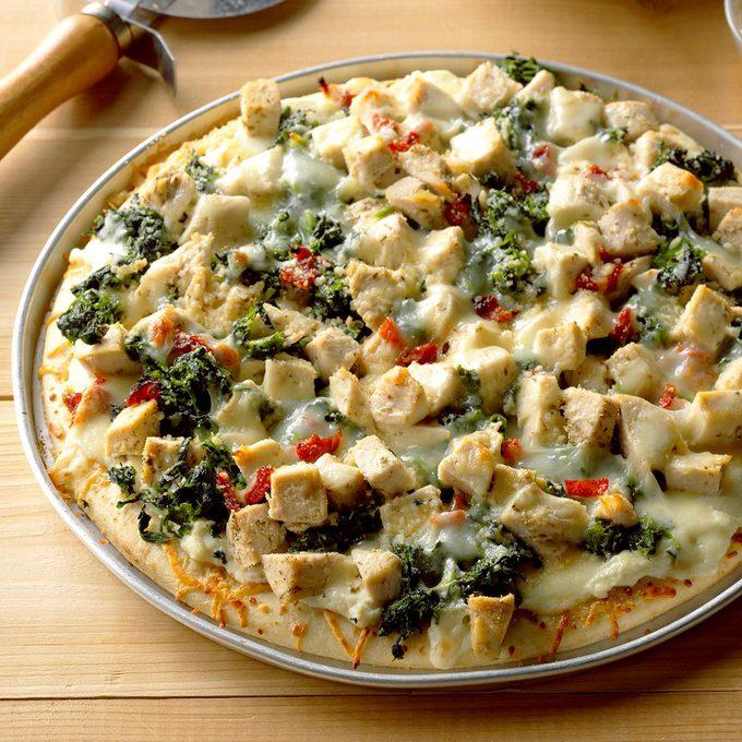 Chicken Florentine Pizza Exps Thd17 62729 B08 11 8b
