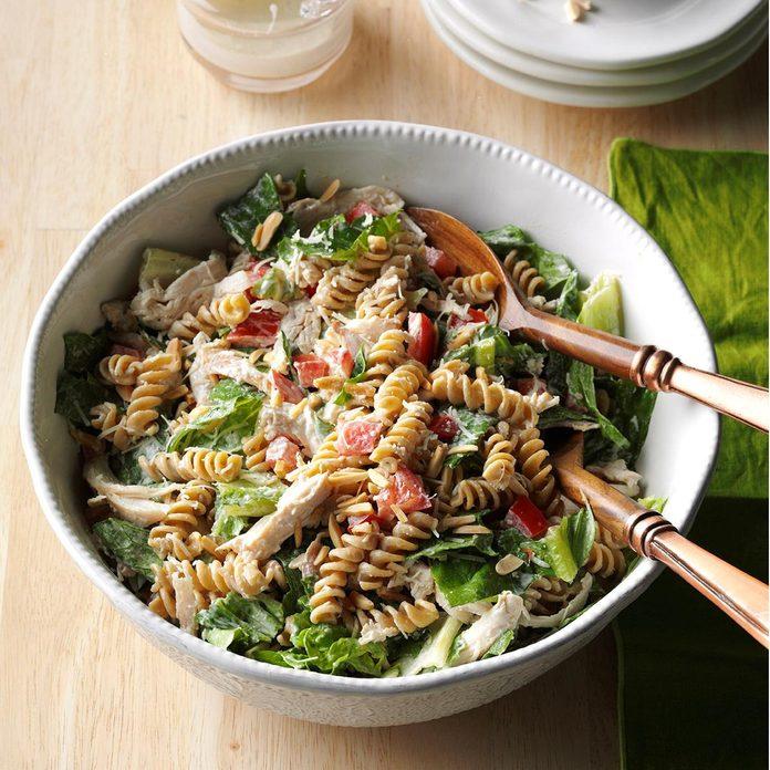 Chicken Pasta Caesar Salad Exps Sdon16 124787 D06 07 1b 1