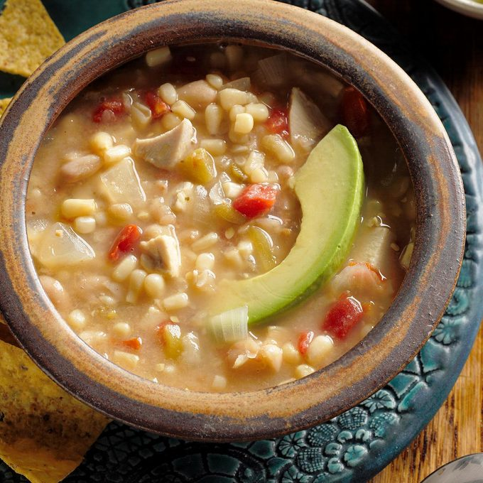 Chicken Soup With Beans Exps Hscb17 22091 B07 26 2b