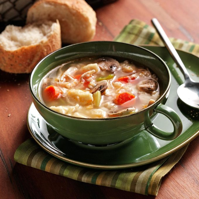 Chicken Soup With Spaetzle Exps1007 Rds2087999b08 11 3bc Rms