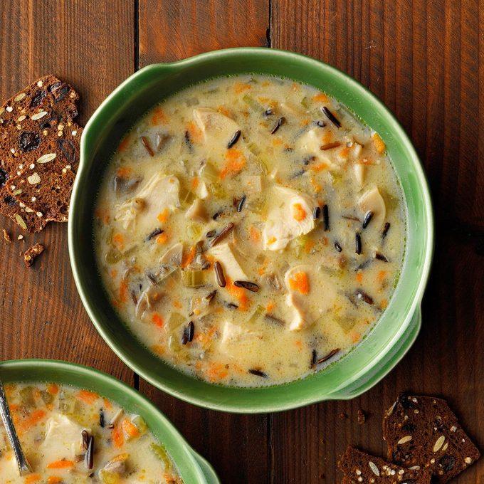 Chicken Wild Rice Soup Exps Chbz19 16579 B10 24 9b 5