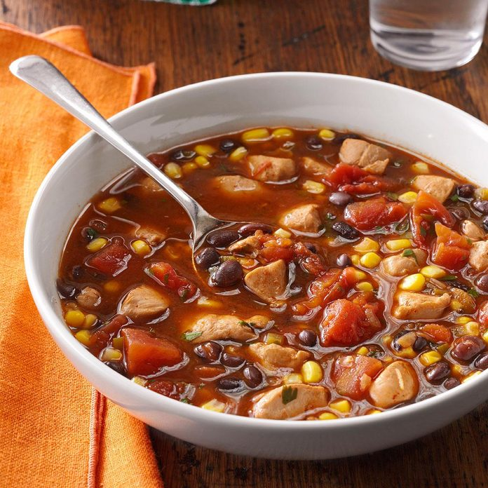 Chicken And Black Bean Soup Exps24876 Th132104d06 26 1bc Rms 1