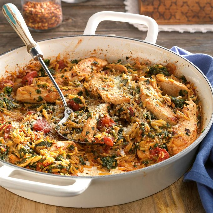 Chicken And Orzo Skillet Exps Dsbz17 46062 D01 13 5b 4