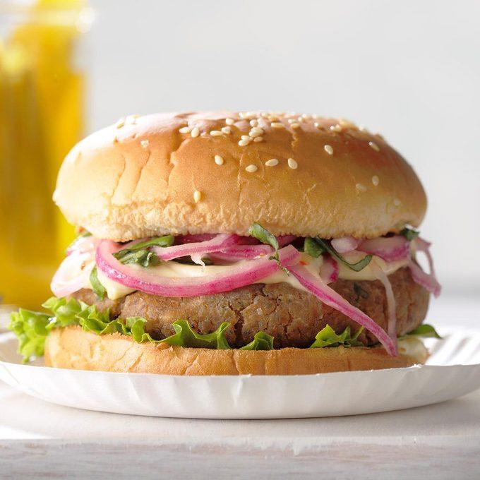 Chickpea N Red Onion Burgers Exps Tham18 36587 B10 07 5b 6