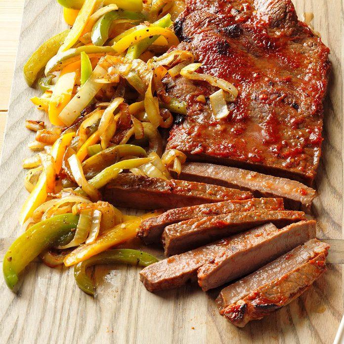 Chili Steak Peppers Exps Thjj18 49540 B01 31 5b 4