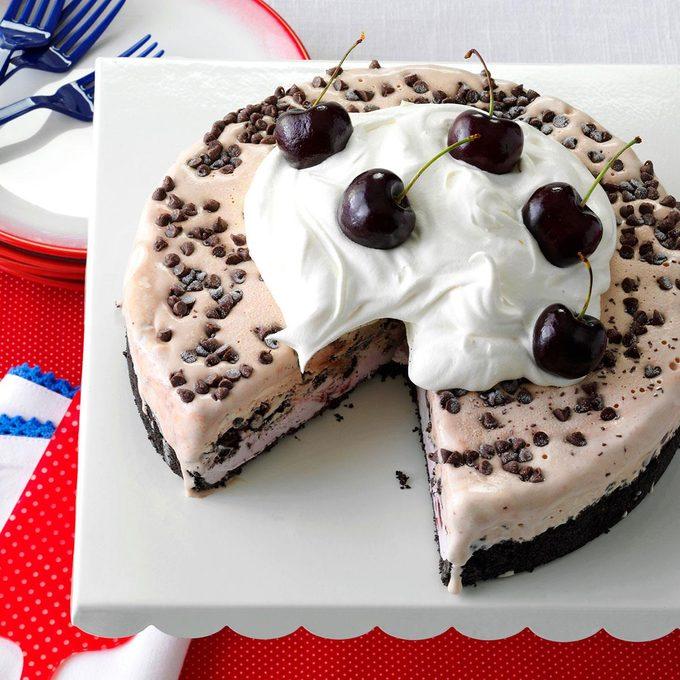 Chocolate Cherry Ice Cream Cake Exps142171 Hc143213d09 04 5bc Rms