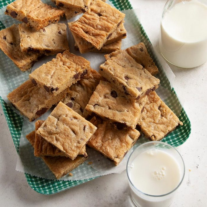 Chocolate Chip Cookie Bars Exps Ft21 4960 F 0107 1 6