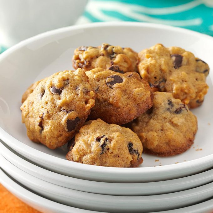 Chocolate Chip Oat Cookies