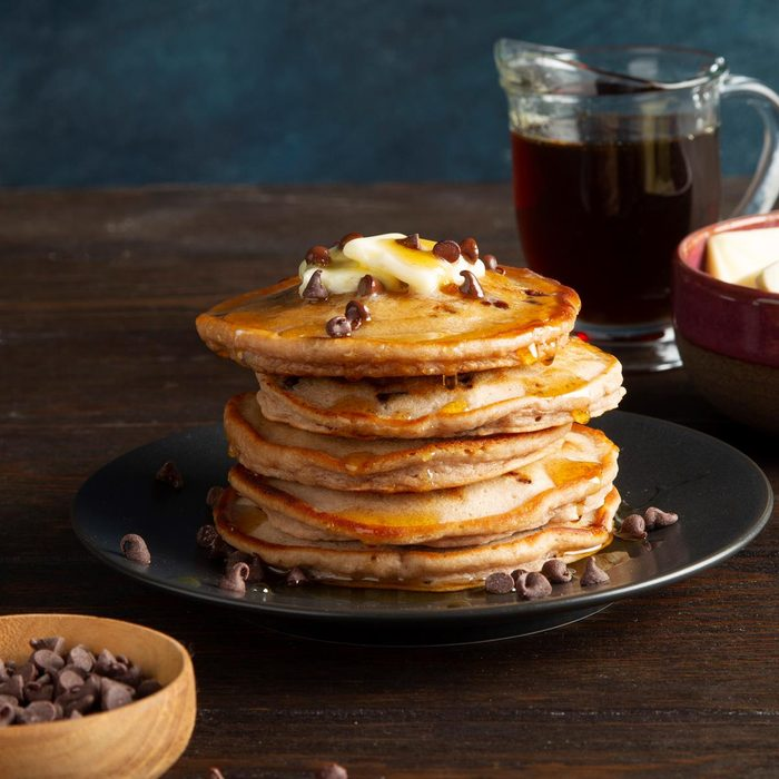 Chocolate Chip Pancakes Exps Ft21 8792 F 0420 1