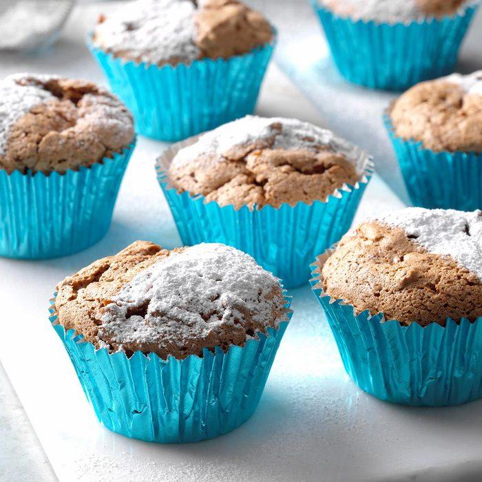 Chocolate Coconut Angel Cupcakes Exps Hcka19 19867 B10 17 1b