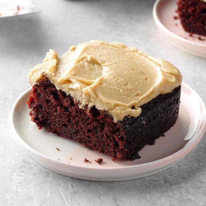 Chocolate Mayonnaise Cake Exps Diyd19 172 B05 14 1b 5