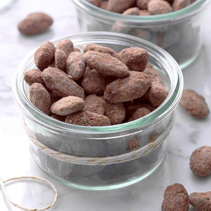 Chocolate Mocha Dusted Almonds Exps Thca18 111228 B11 03 1b 1