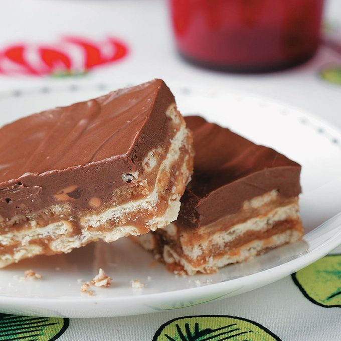 Chocolate Peanut Butter Crisp Bars Exps47876 Th1789928d15a Rms 2