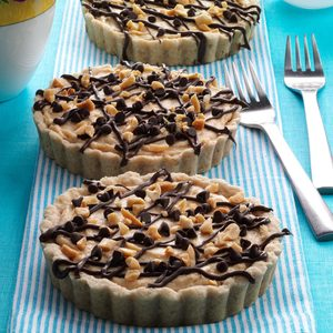 Chocolate Peanut Butter Mousse Tarts