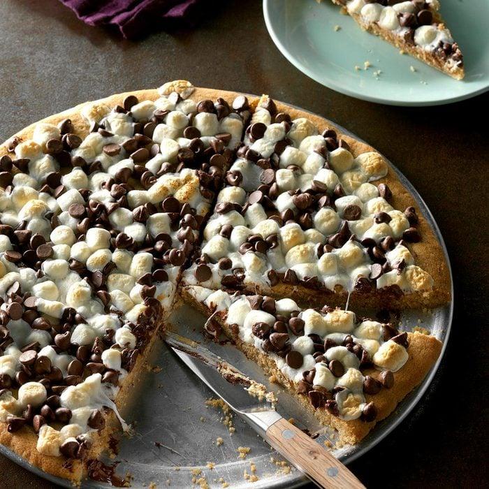 Chocolate Peanut Butter Pizza