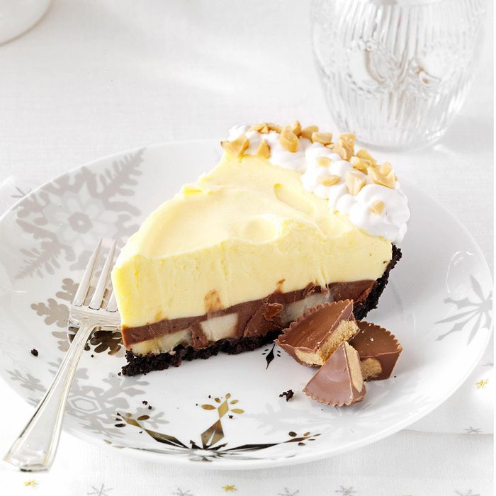 Chocolate Peanut Butter Pudding Pie With Bananas Exps158281 Th2379806d 08 30  8bc