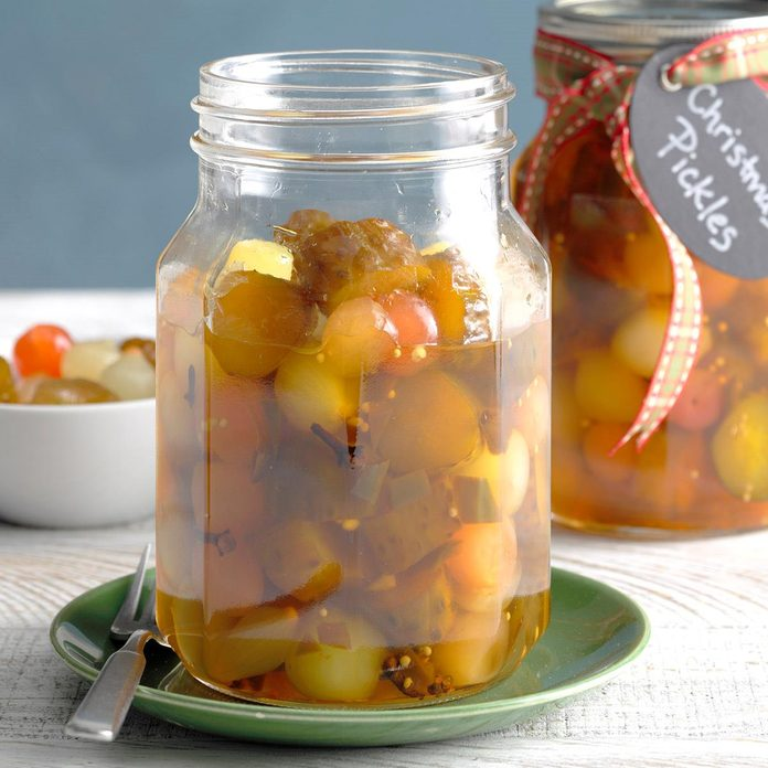 Christmas Pickles Exps Tohca20 21870 B03 11 1b 3