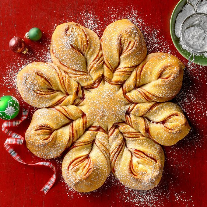 Christmas Star Twisted Bread Exps Tohdj20 190439 B08 11 3b 12