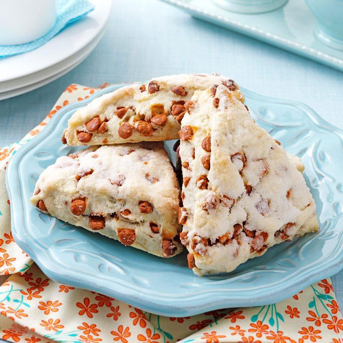 Cinnamon Chip Scones Exps36764 Omrr2777383b06 04 4bc Rms