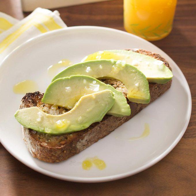 Classic Avocado Toast Exps Ghtjm17 188526 B03 21 3b 3