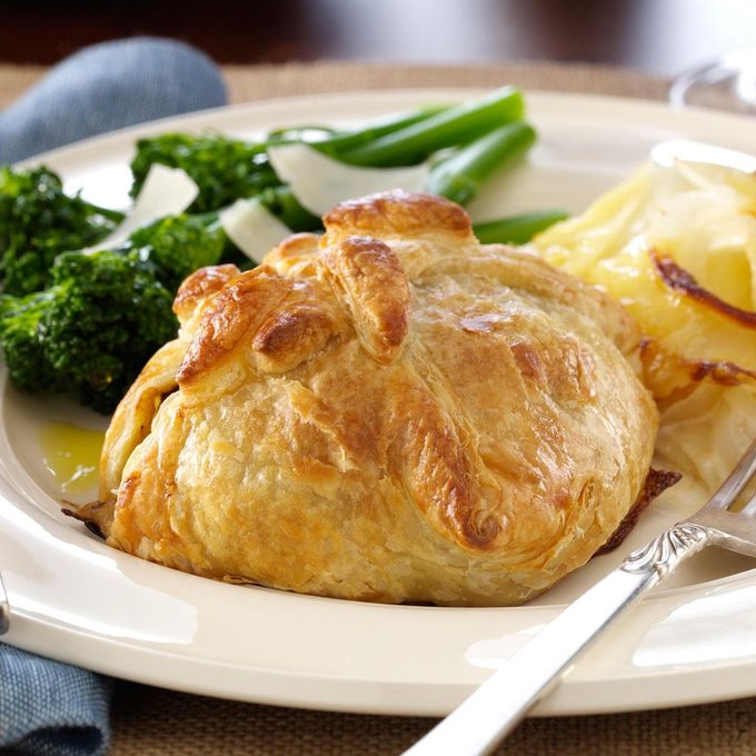 Classic Beef Wellingtons Exps134417 Th2257746b07 06 4bc Rms 3