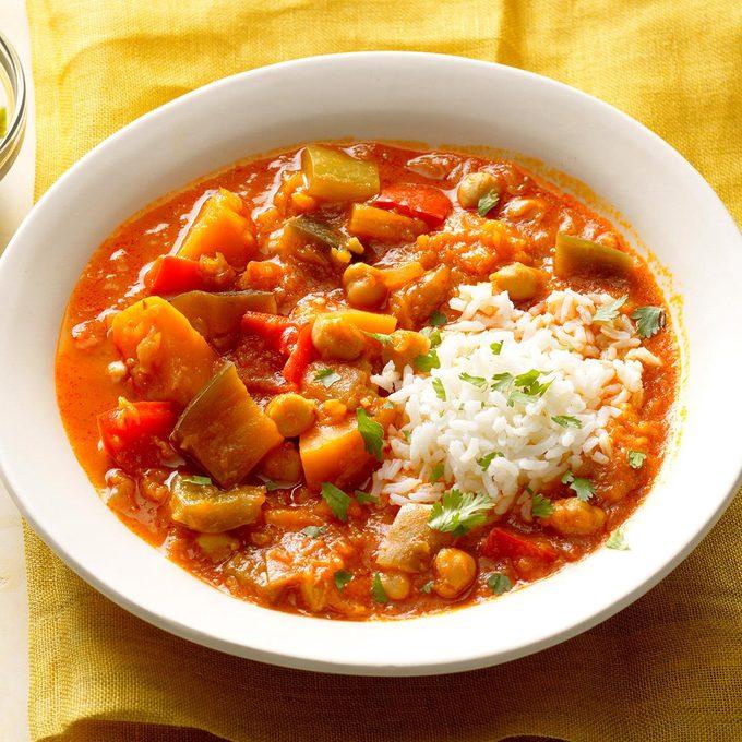 Coconut Red Curry Stew Exps Sdas17 202687 B04 12 4b 2