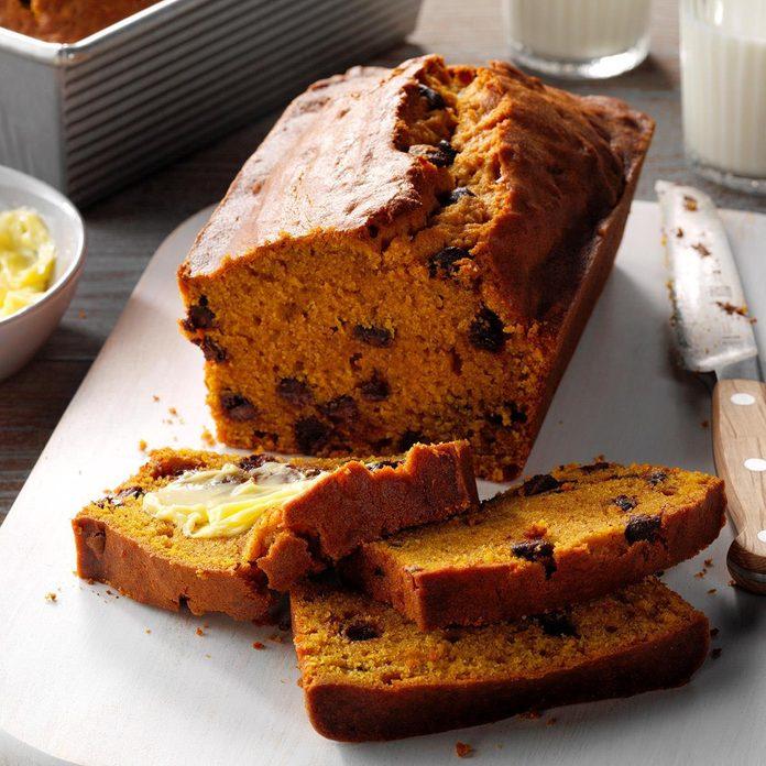 Contest Winning Chocolate Chip Pumpkin Bread Exps Pcbbz19 15902 E04 08 4b 7