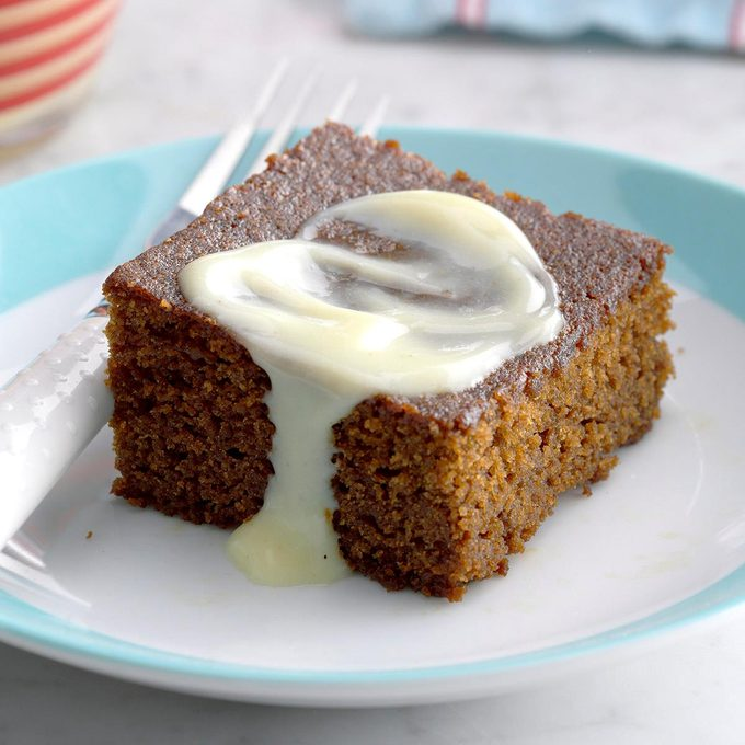 Contest Winning Gingerbread With Lemon Sauce Exps Thd17 14085 B08 10 6b 2