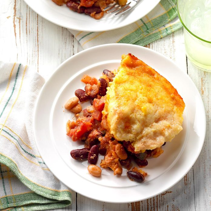 Corn Bread Topped Frijoles Exps Sscbz18 36582 B09 13 4b 3