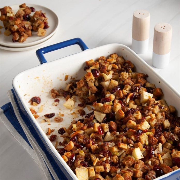 Cranberry Apple Stuffing Exps Ft20 108940 F 0812 1 2