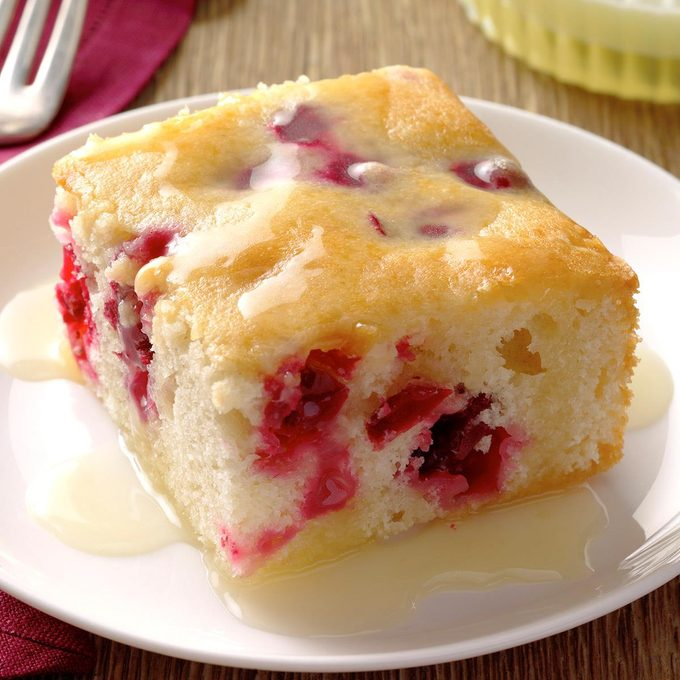 Cranberry Cake With Almond Butter Sauce Exps Sdon17 50682 B06 29 4b 2