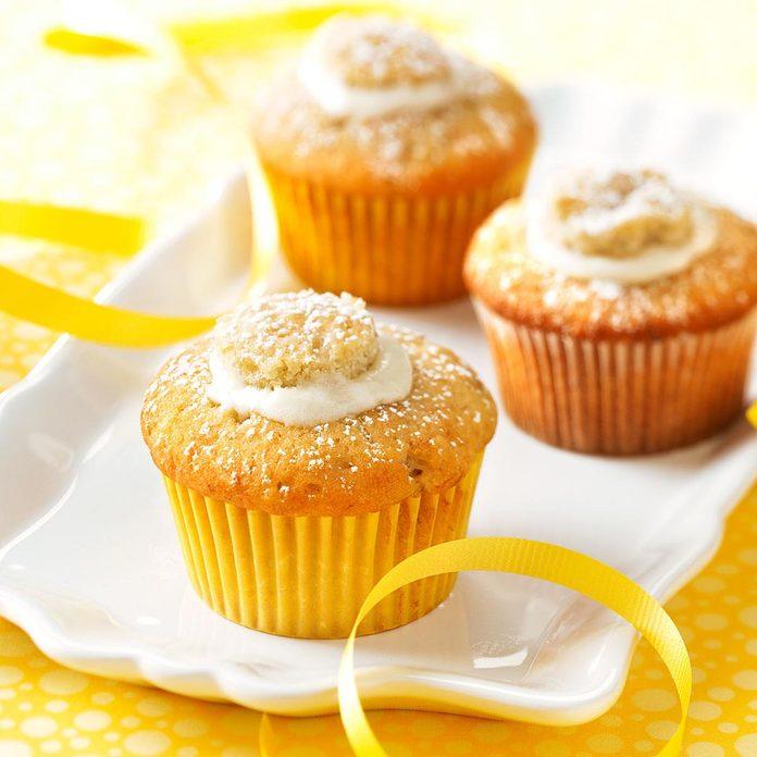 Cream Filled Banana Cupcakes Exps42374 Rcc1753663d07 16 6bc Rms 4