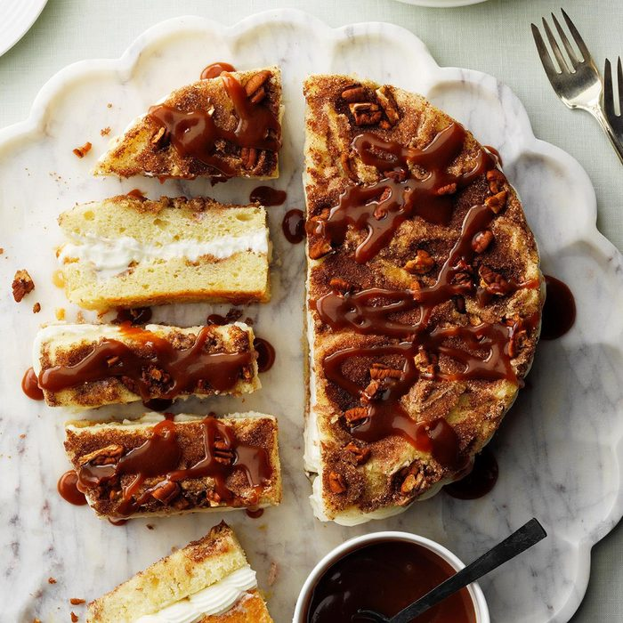 Cream-Filled Cinnamon Coffee Cake