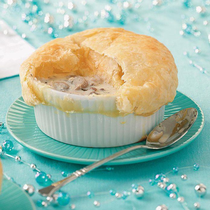 Creamy Garlic & Mushroom Soup with Pastry Caps