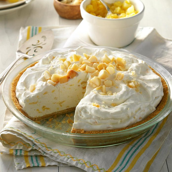 Creamy Pineapple Pie