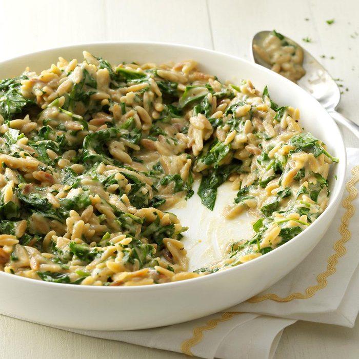Creamy Roasted Garlic Spinach Orzo Exps176131 Sd143204c12 04 3bc Rms 12