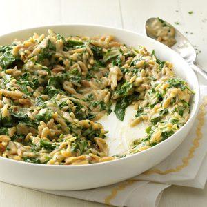 Creamy Roasted Garlic & Spinach Orzo