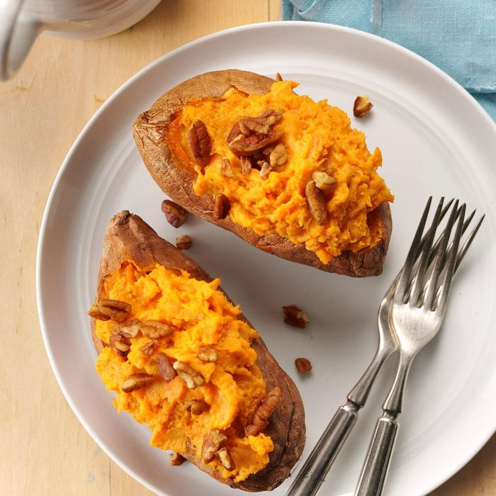 Creamy Twice Baked Sweet Potatoes Exps Sdon16 46010 B06 03 4b 8