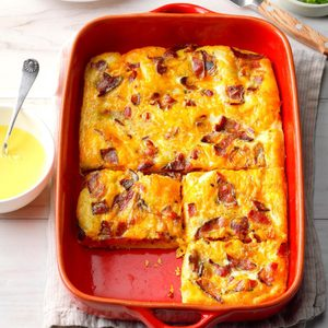 Crescent Egg Bake with Hollandaise Sauce