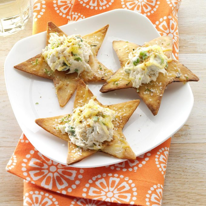 Crispy Lime Chips With Crab Exps144736 Wthupc2643379a02 09 1bc Rms 2