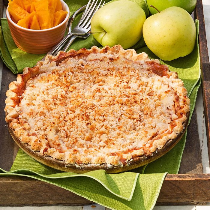 Crumb Topped Apple Pie