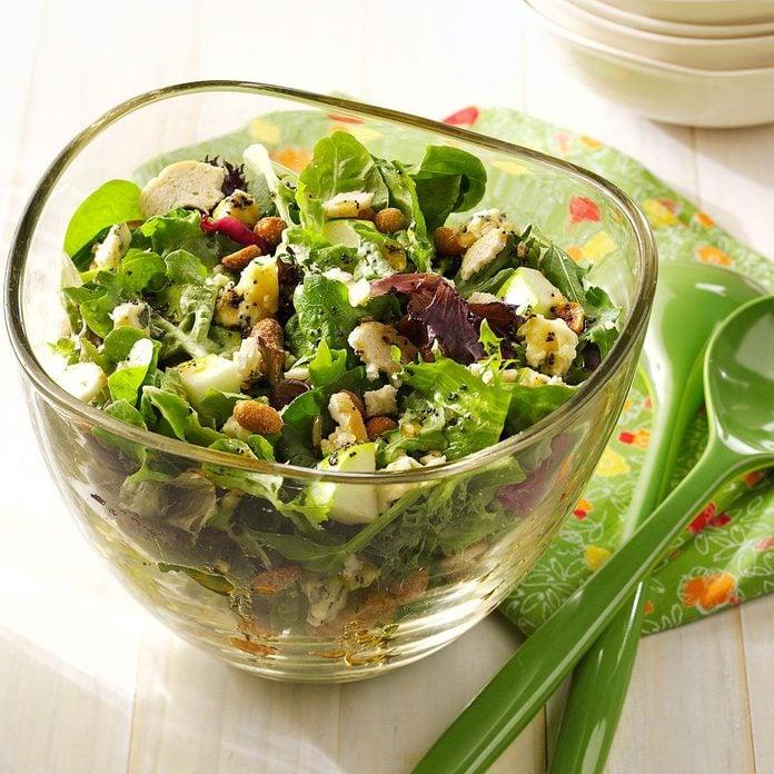 Crunchy Apple Mixed Greens Salad Exps92077 Baftb2307047b03 02 12bc Rms 2