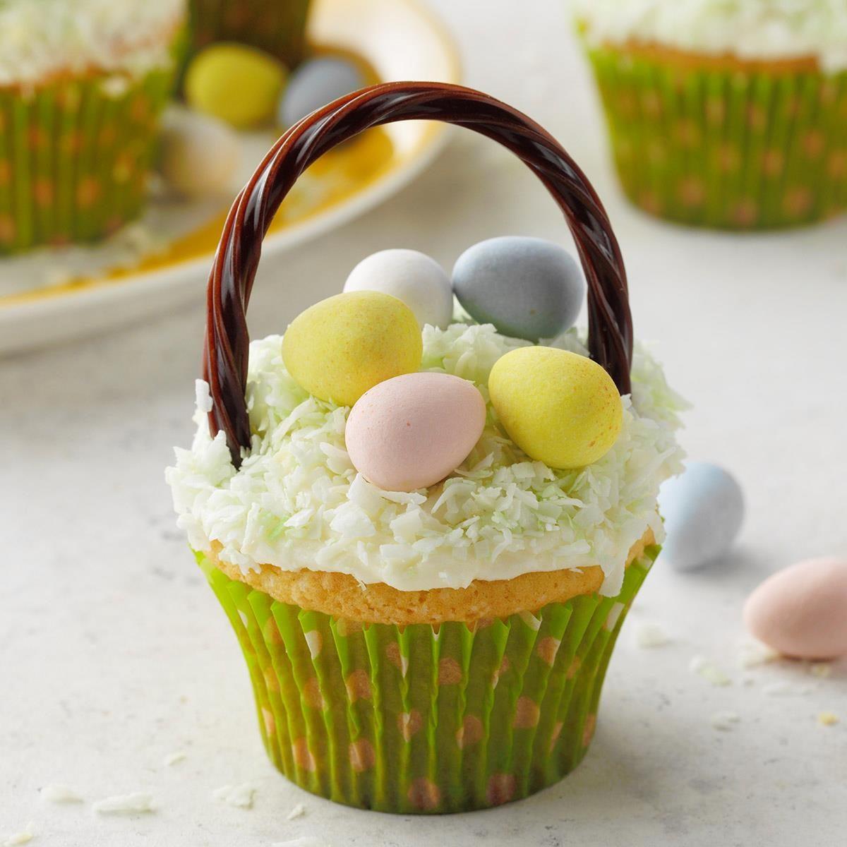 Cupcake Easter Baskets Exps Hca20 20352 E03 13 4b 1